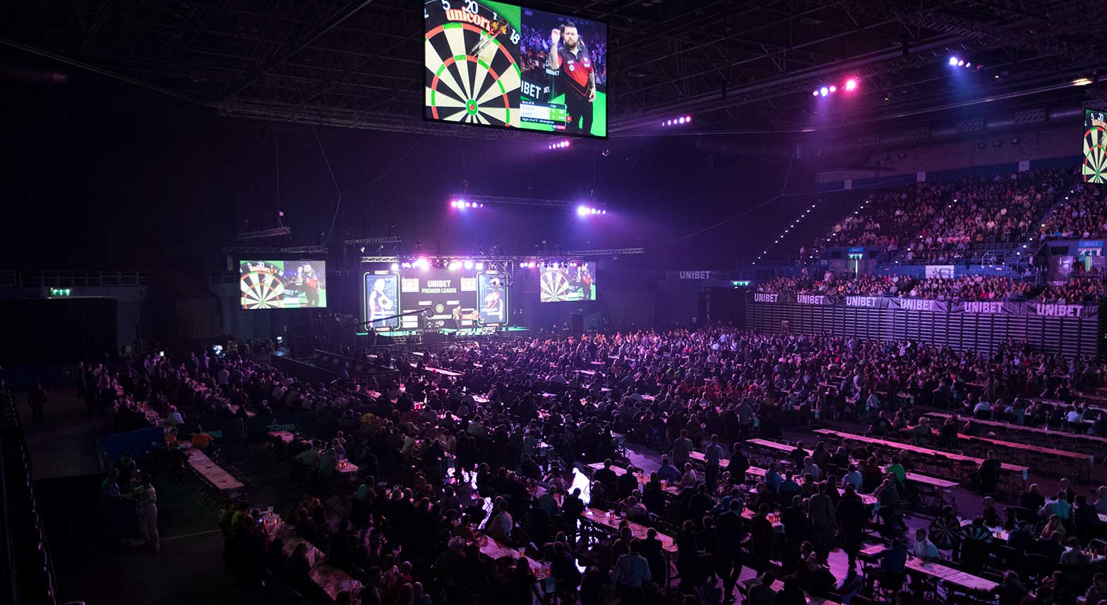 premier-league-darts-arena.jpg